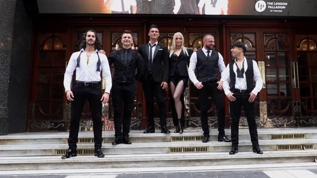 "graziano di prima, pasha kovalev, aljaz skorjanec, nadiya bychkova, robin windsor and karim zeroual poses during the ""here come the boys"" photocall... - イングランド南東部点の映像素材/bロール"