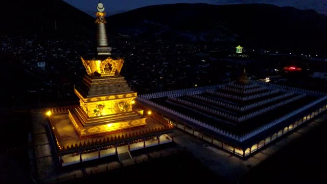 great bodhi stupa in yarchen gar, garze, china - temple building stock videos & royalty-free footage