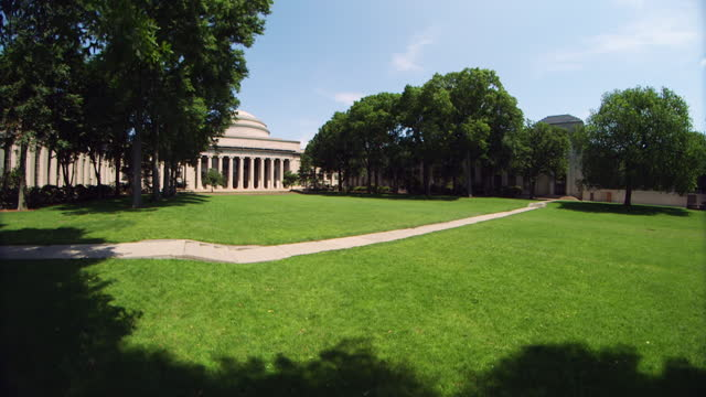 wa great dome of the massachusetts institute of technology overlooks killian court - wop productions stock-videos und b-roll-filmmaterial