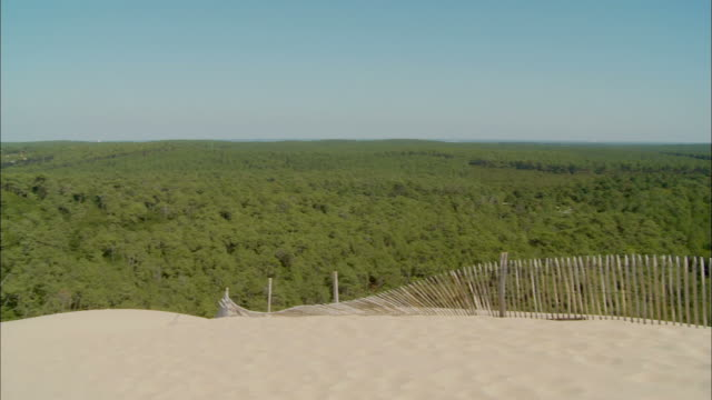 ws, pan, great dune of pilat, (dune du pilat, largest dune in europe), arcachon, aquitaine, france - arcachon stock videos and b-roll footage