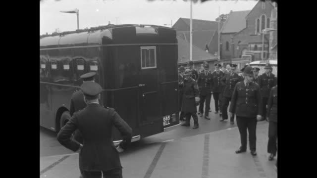 aylesbury van unloaded at aylesbury police station - mail stock videos & royalty-free footage