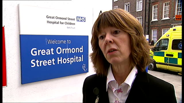 Great Ormond Street launches Citizens Advice bureau for patients' families ENGLAND London INT Good sequence of Punter family who went bankrupt while...