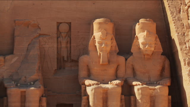 vídeos y material grabado en eventos de stock de t/l, zo, ms, great temple at abu simbel, nubia, egypt - egipto