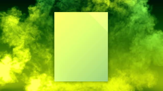vidéos et rushes de l'explosion d'onde de choc de fumée de couleur verte et jaune révèle l'insigne carré pour la conception de concept avec le canal mat alpha. animation de rendu 3d. 4k, résolution ultra hd - carré forme bidimensionnelle