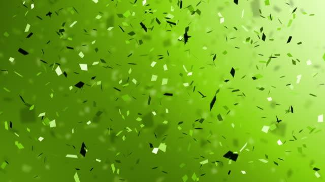 vídeos de stock, filmes e b-roll de verde confete explosão - confete