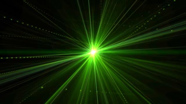 vídeos de stock e filmes b-roll de laser verde - laser
