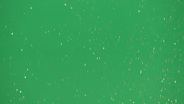 stockvideo's en b-roll-footage met green screen - gold glitter falling - glitters