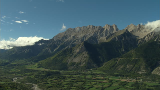 AERIAL WS Green valley and mountain in Maritime Alpes / Rhone-Alpes, France
