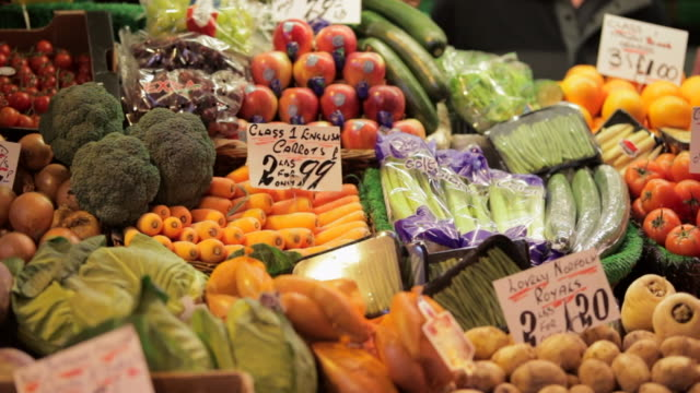 greengrocers produce - groceries stock videos & royalty-free footage