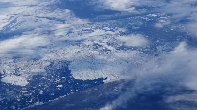 vídeos de stock, filmes e b-roll de gronelândia e antena do ártico - pólo norte