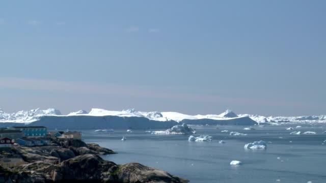 vidéos et rushes de groenland disco bay - iceberg bloc de glace