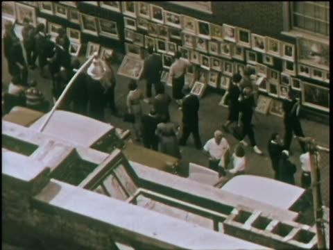1960 - greenwich village art fair - arte, cultura e spettacolo video stock e b–roll