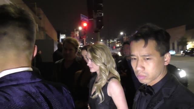 vídeos de stock, filmes e b-roll de greer grammer chord overstreet outside seth meyers' golden globe awards after party at poppy nightclub in west hollywood in celebrity sightings in... - chord