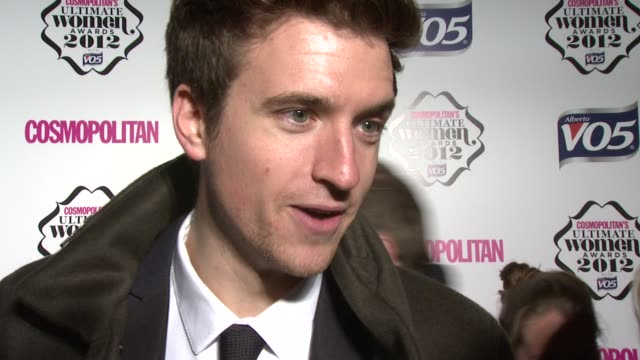 vídeos y material grabado en eventos de stock de greg james on his perfect woman love for hilary devey and his impersonation of her at the cosmo woman of the year awards 2012 at victoria albert... - greg james