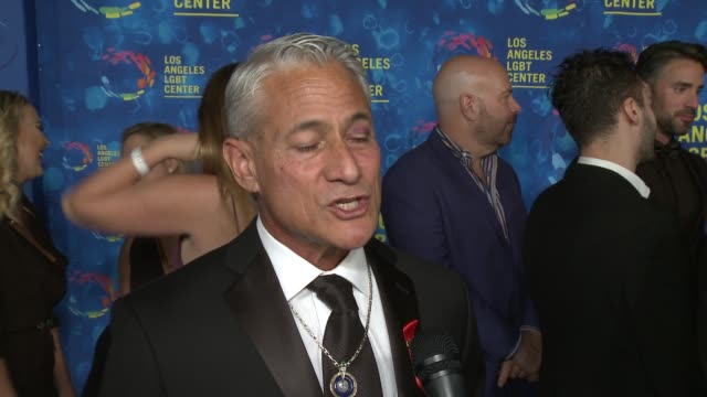 stockvideo's en b-roll-footage met interview greg louganis on why the los angeles lgbt center and their services are so vital to the community on what he most looking forward to... - anniversary gala vanguard awards