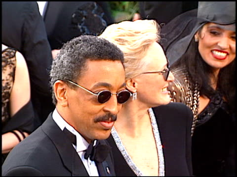 gregory hines at the 1997 academy awards arrivals at the shrine auditorium in los angeles california on march 24 1997 - 69th annual academy awards stock videos & royalty-free footage