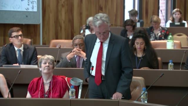Council meeting Part 1 Councillor Robert Atkinson speech SOT / female speaker speech SOT / vote for council leader