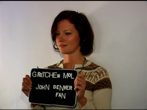stockvideo's en b-roll-footage met gretchen mol publicist approval required at the 2007 sundance film festival jane house sundance event at jane house in park city utah on january 20... - publiciteitsmedewerker