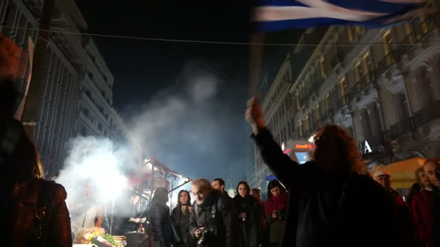vidéos et rushes de grexit protests in greece and alexis tsipras - 2015