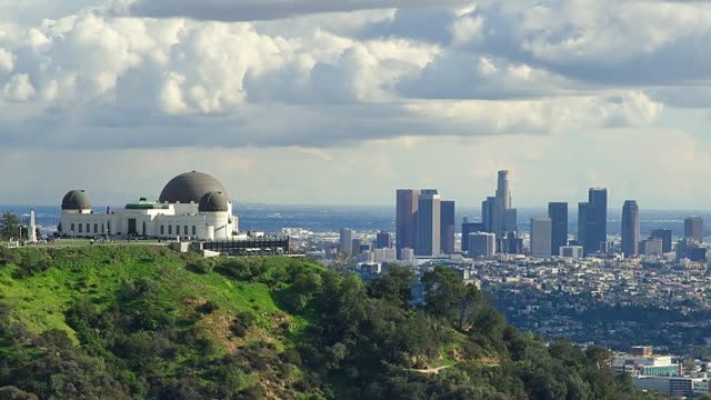 t/l ws griffith observatory and downtown district skyline, los angeles, california, usa - griffith observatory stock videos & royalty-free footage