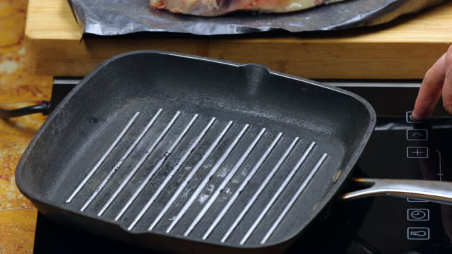Grill pan on induction burner