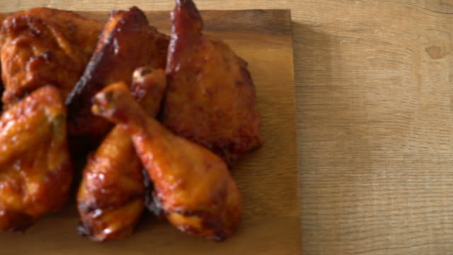 grilled and barbecue chicken - grilled chicken stock videos and b-roll footage