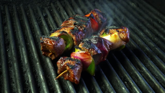 grilled beef kebab with onion and bell pepper - kebab stock videos and b-roll footage