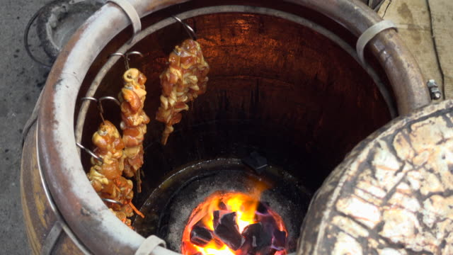 grilled chicken in jar - grilled chicken stock videos and b-roll footage