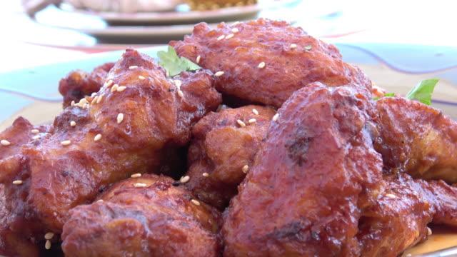 Ailes de poulet grillé