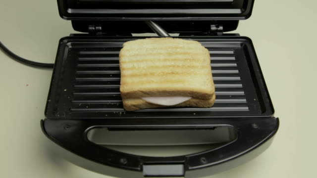grilled ham sandwich - toaster appliance stock videos & royalty-free footage