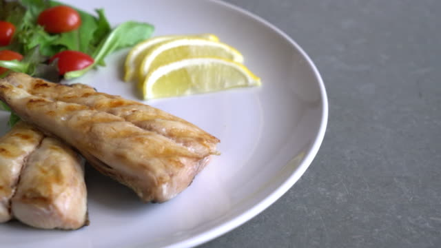 grilled mackerel steak