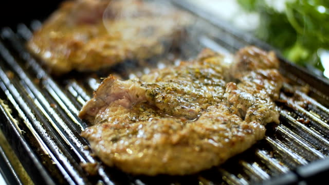 grilled meat ready to eat, slo mo - briquette stock videos & royalty-free footage