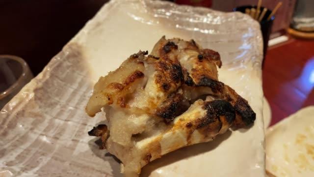 日本でのピッティトーのグリル - 食事する点の映像素材/bロール