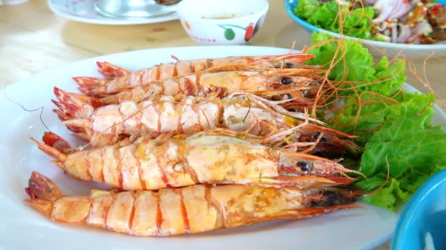 4K: Grilled shrimp
