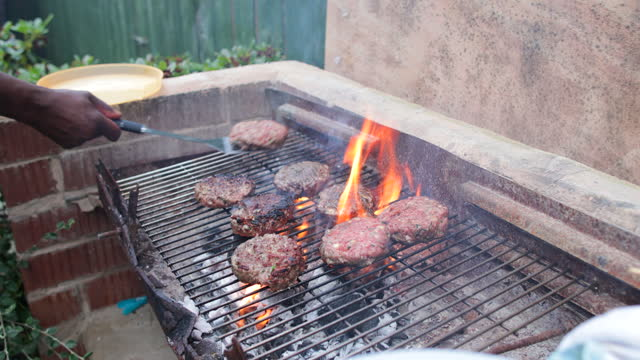 grilling burgers - flammable stock videos & royalty-free footage