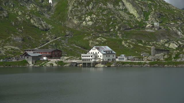 grimsel lake at grimsel pass, bernese alps, switzerland, europe - berner alpen stock-videos und b-roll-filmmaterial