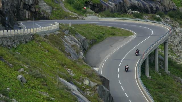 grimsel pass road near grimsel hospice, bernese alps, canton of bern, switzerland - bogen architektonisches detail stock-videos und b-roll-filmmaterial