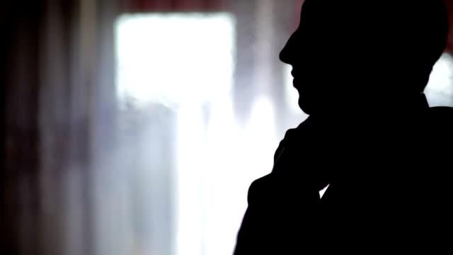 新郎新婦のための調理-ストック動画 - ネクタイ点の映像素材/bロール