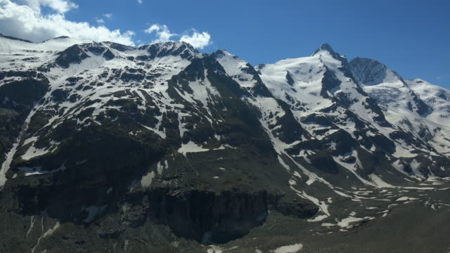 grossglockner mountain (3798m) at grossglockner high alpine road, hohe tauern national park, carinthia, austria - carinthia stock videos & royalty-free footage