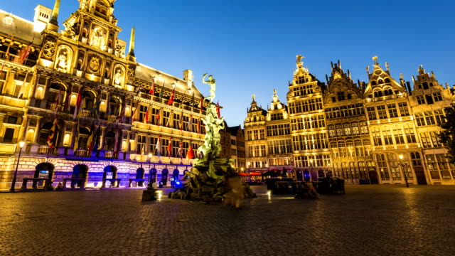 grote markt in antwerp, time lapse - markt stock videos & royalty-free footage