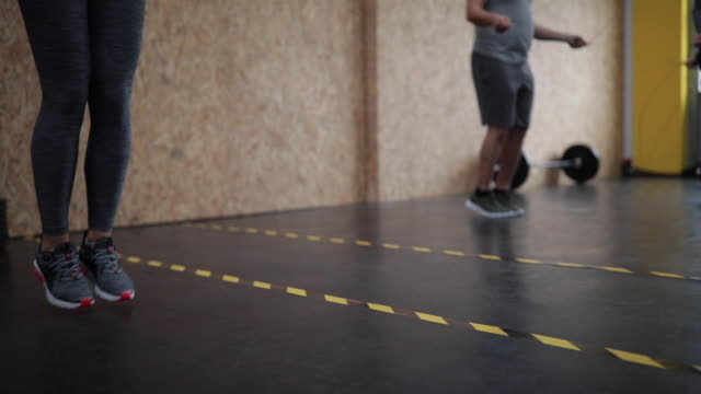 group jump rope exercise - sports training drill stock videos & royalty-free footage