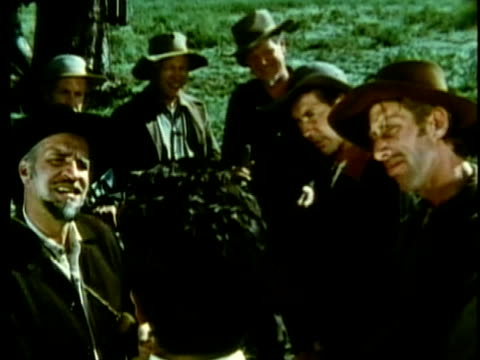 stockvideo's en b-roll-footage met 1963 reenactment ms group of american settlers discussing taxation / 1820s texas / audio - manifest destiny