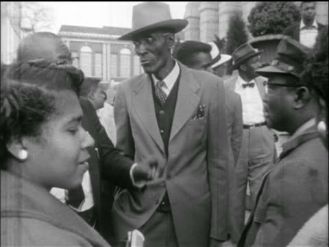 group of black supporters of martin luther king jr. at montgomery jail, al - black civil rights stock videos & royalty-free footage