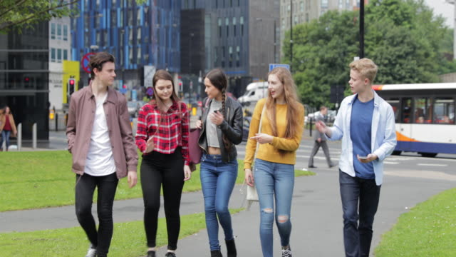 group of friends in the city centre - adolescence stock videos & royalty-free footage