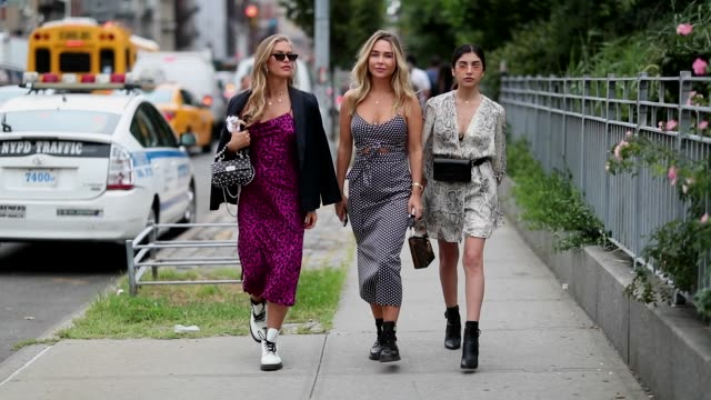 group of guests wearing dress during new york fashion week spring summer 2019 on september 07 2018 in new york city - new york fashion week stock videos & royalty-free footage