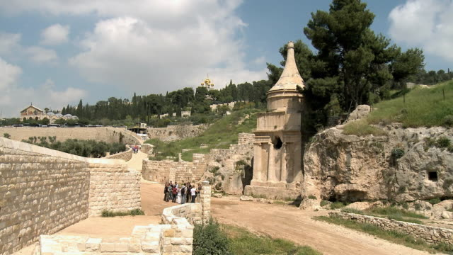 ws group of tourists in front of  tomb of absalom at mount of olives / jerusalem, israel - jerusalem old city stock videos and b-roll footage