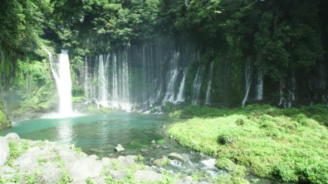group of waterfalls in yamanashi prefecture, japan - waterfall点の映像素材/bロール