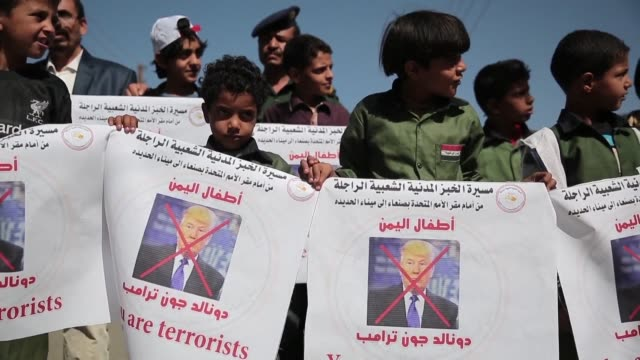 group of young yemenis set out from rebel-held capital sanaa wednesday on a 225 kilometre march to protest at the war and humanitarian crisis... - kilometre stock videos & royalty-free footage