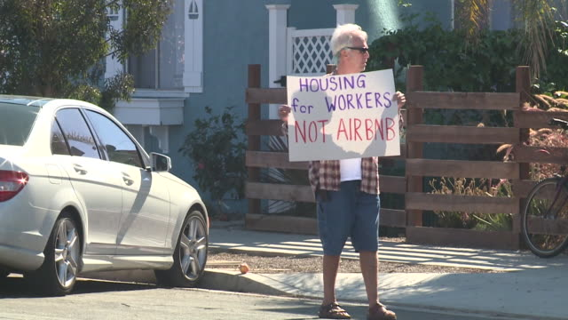 KSWB Group Protests ShortTerm Vacation Rentals in Ocean Beach