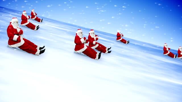 groupe santa klausel feiern sie silvester 2014 - weihnachtsmann schlitten stock-videos und b-roll-filmmaterial